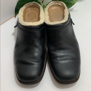 Ugg Black Slip-on